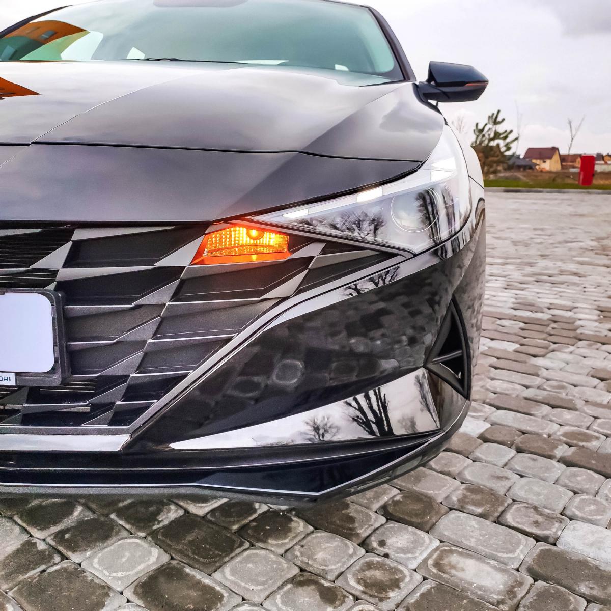 Поставте під сумніви старі правила разом з Hyundai New Elantra!   Хюндай Мотор Україна - фото 8