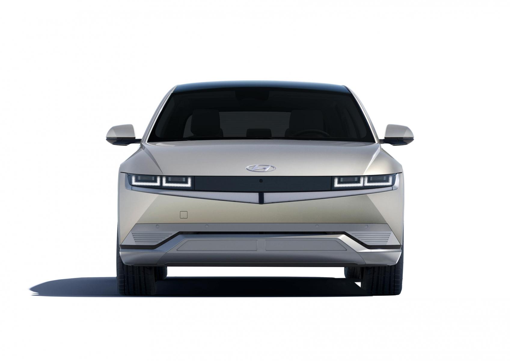 Hyundai IONIQ 5 переосмислює спосіб життя з електричною мобільністю | Автоберег - фото 11